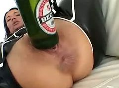 Bottle, Ass